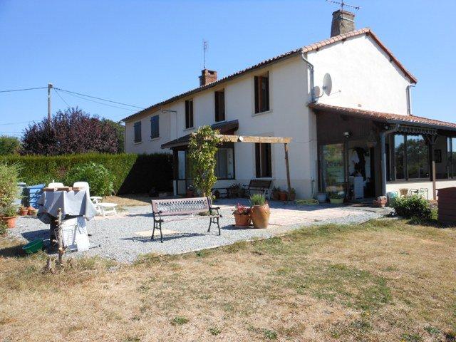 Maison 3 Chambres Prés Bellac en Haute Vienne