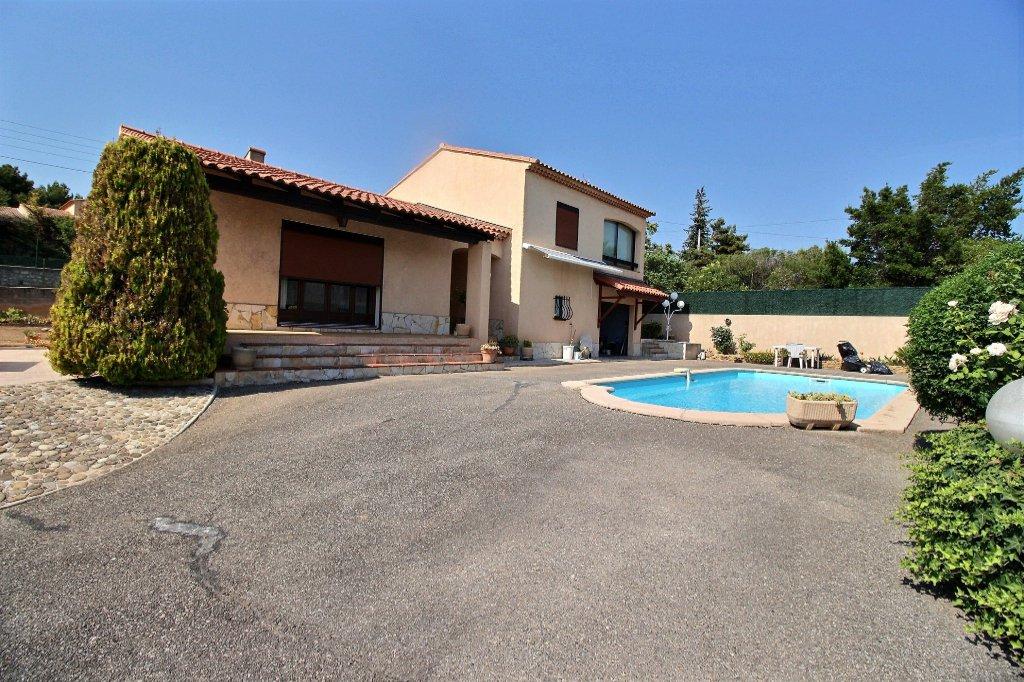 VILLA - CHATEAU-GOMBERT - MARSEILLE 13013 - TYPE 4 de 125 m² env. sur un terrain de 662 m² - Piscine - Garage