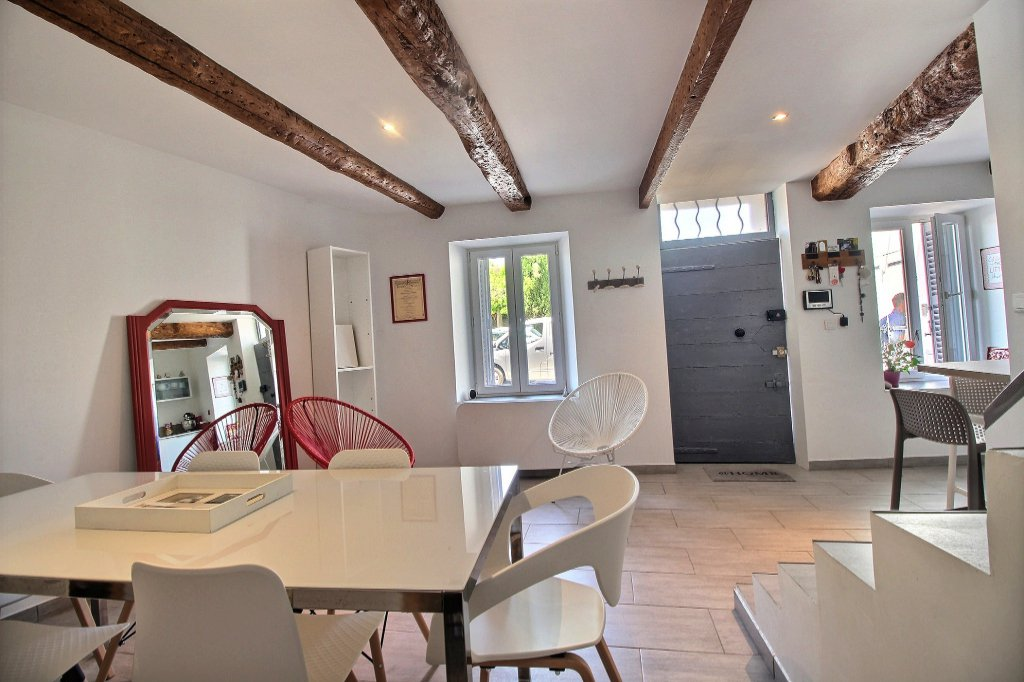 MAISON DE VILLE - LES CAMOINS - MARSEILLE 13011 - TYPE 3 de 84 m² - Terrasse de 7 m².