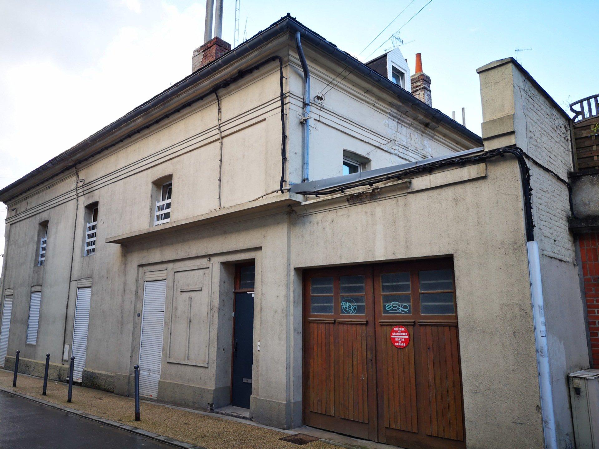 Sale Building - Cambrai