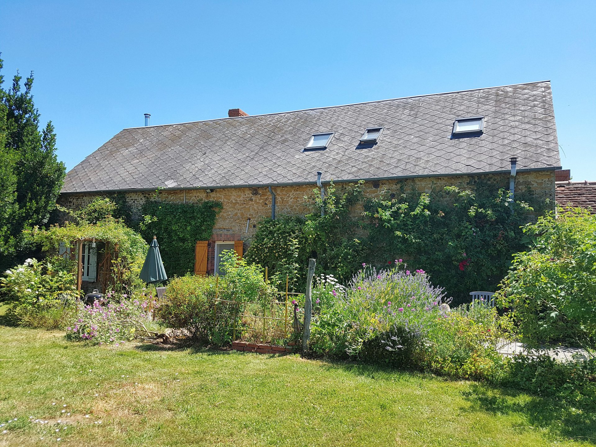 House with garden for sale in the south of the Brenne, 36