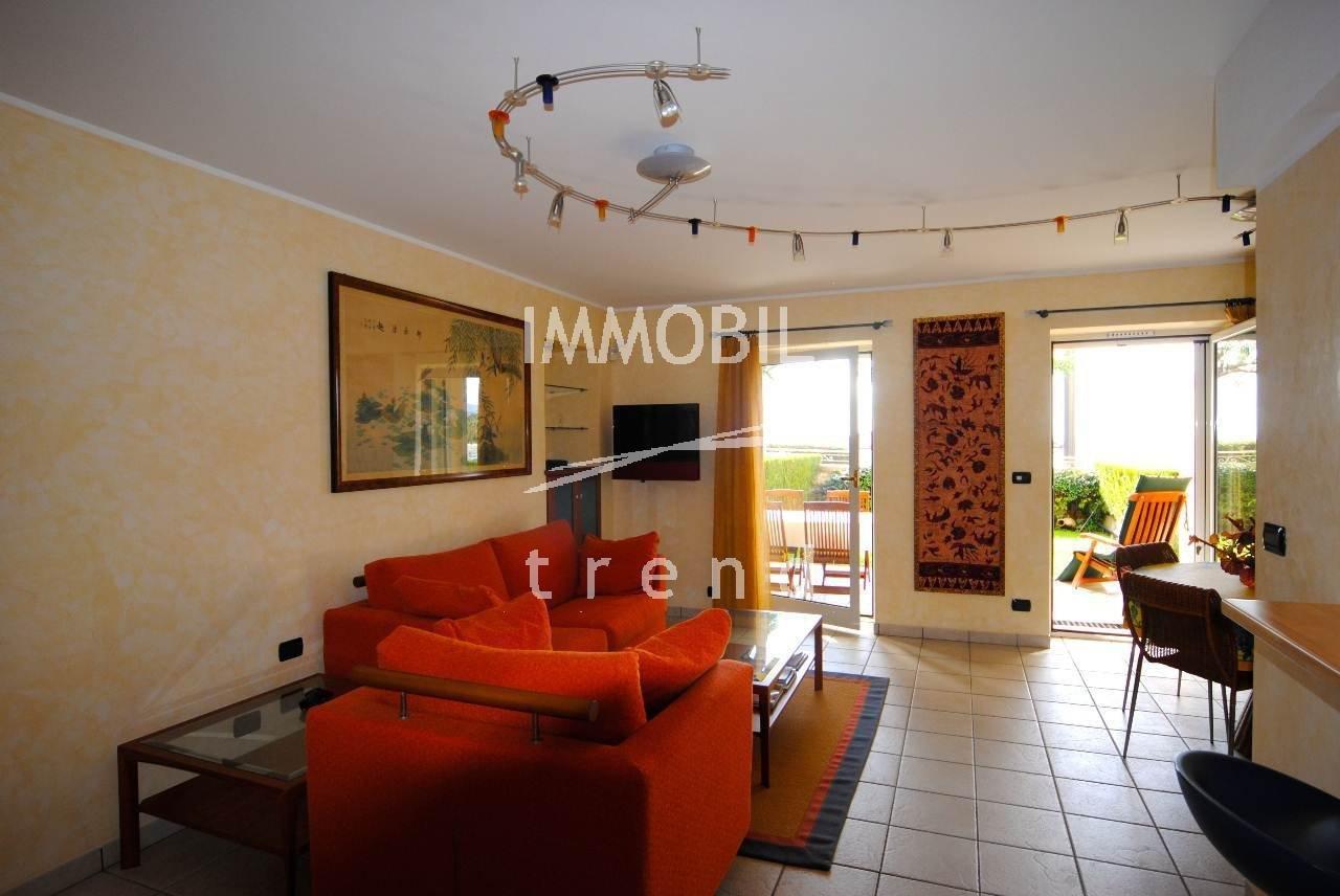 SOLE AGENT - MENTON GARAVAN - 1/2 bedroom seaview apartment  with garden.