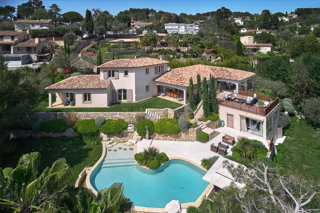 Peaceful property - Mougins