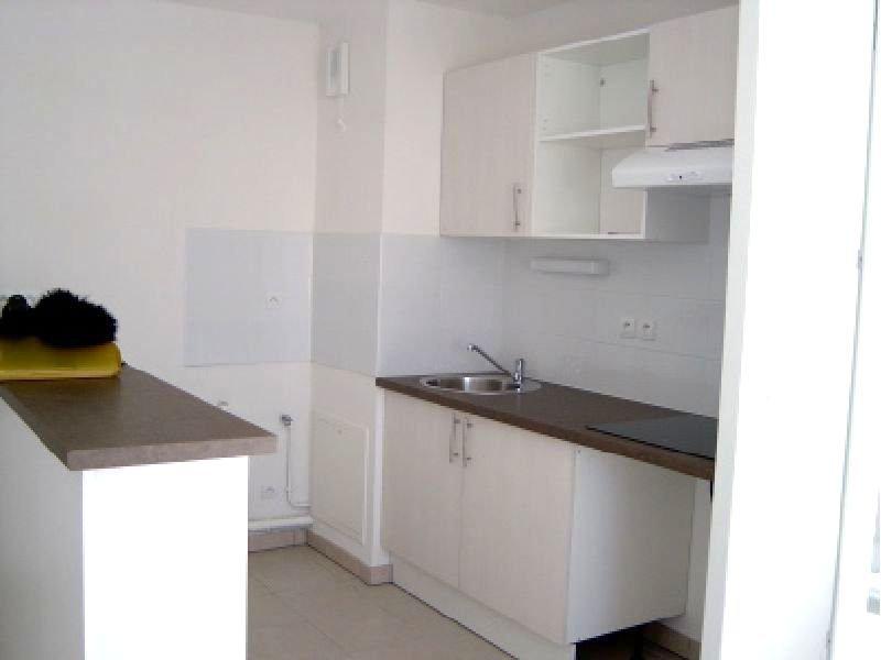 Appartement T3 avec balcon et parking privé