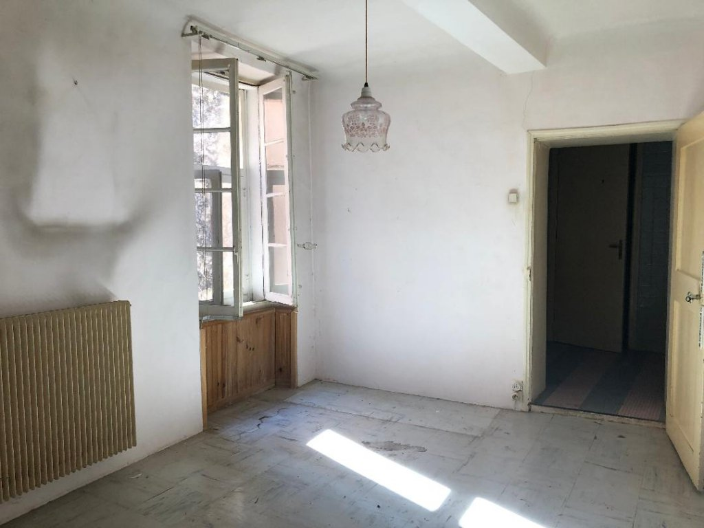 CLAVIERS : apartment 100 m² with nice view