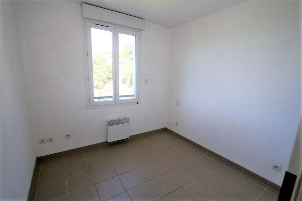 SEMI DETACHED HOUSE VILLA