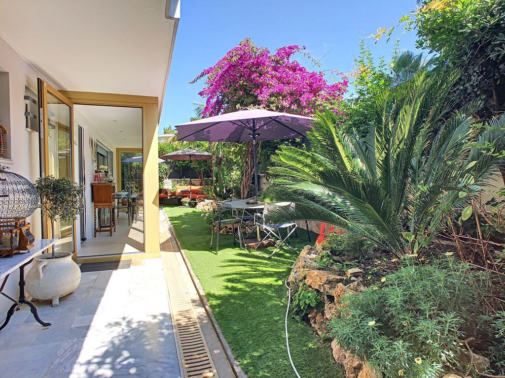 Cannes Palm Beach 4P closed to Croisette garden 150 m2