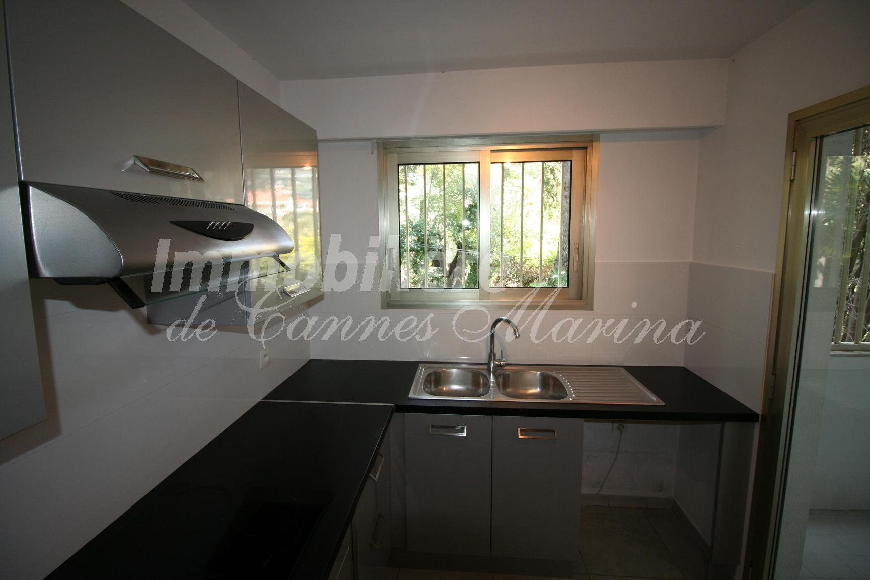 Wonderful large 2 bedroom/2bathroom apartment - 100 m2