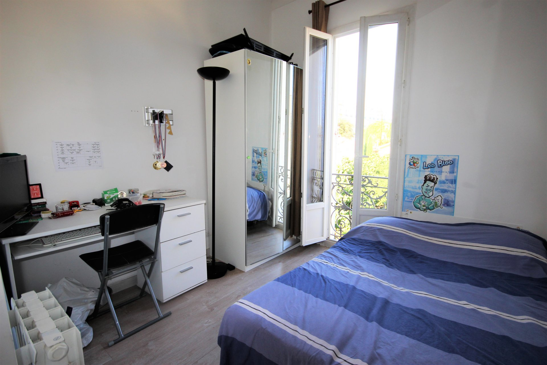 CANNES BRIGHT 3 ROOMS NEAR CENTER IN QUIET