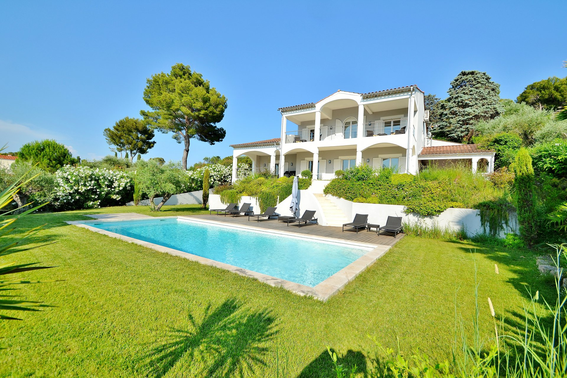 MOUGINS - SOUGHT AFTER AND UNSPOILT AREA