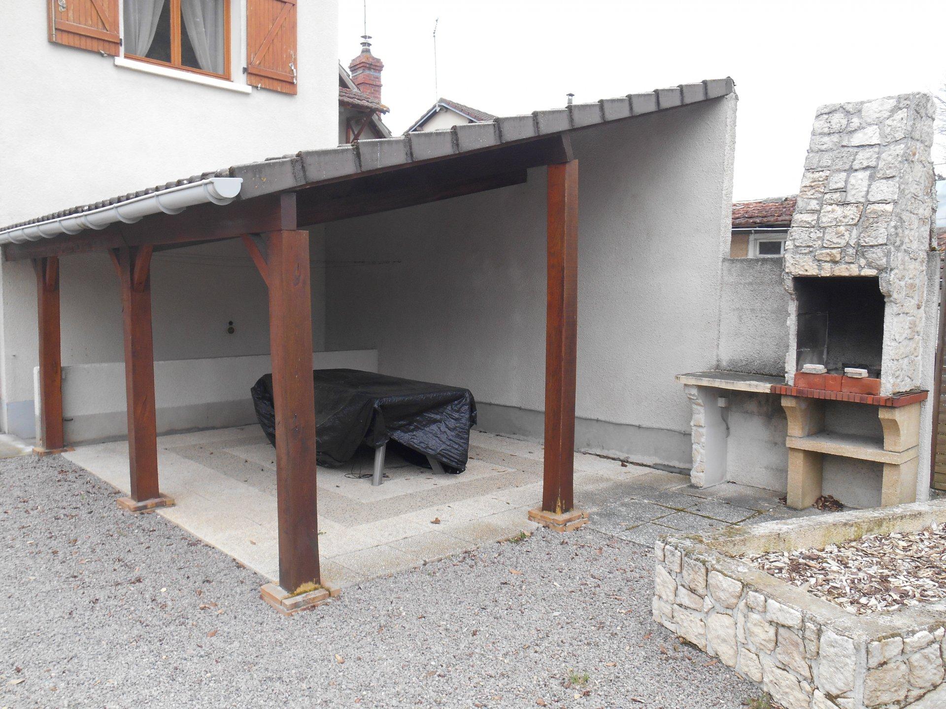 Vierzon Village – Maison de 90m² hab