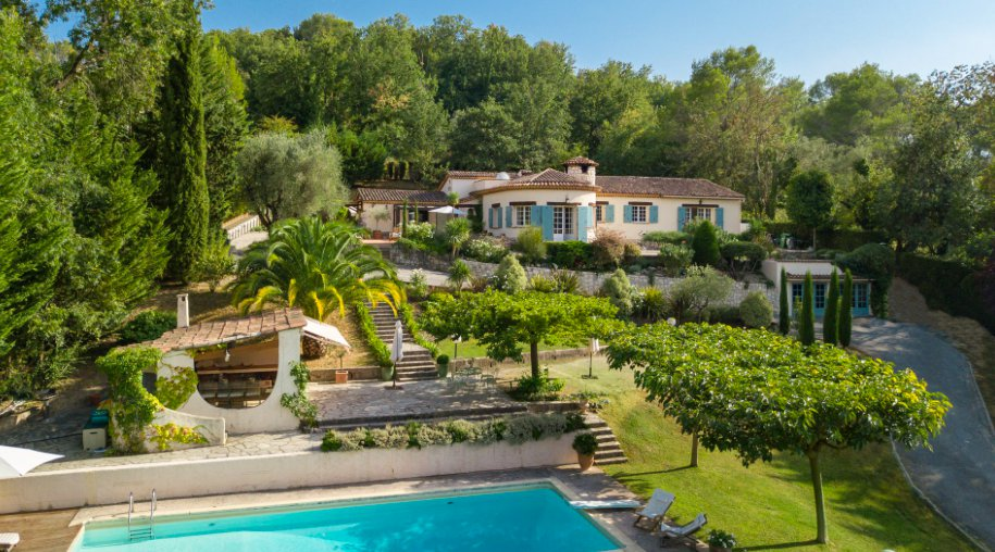 ROQUEFORT-LES-PINS - MAISON - 9P - 270m² - 1 290 000 €