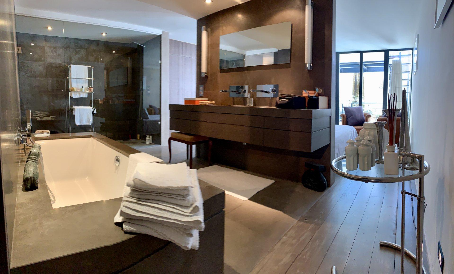 Chambre Ouverte Salle De Bain stanislas: loft 3/4 p design et elegance avec 70m2 de terrasse