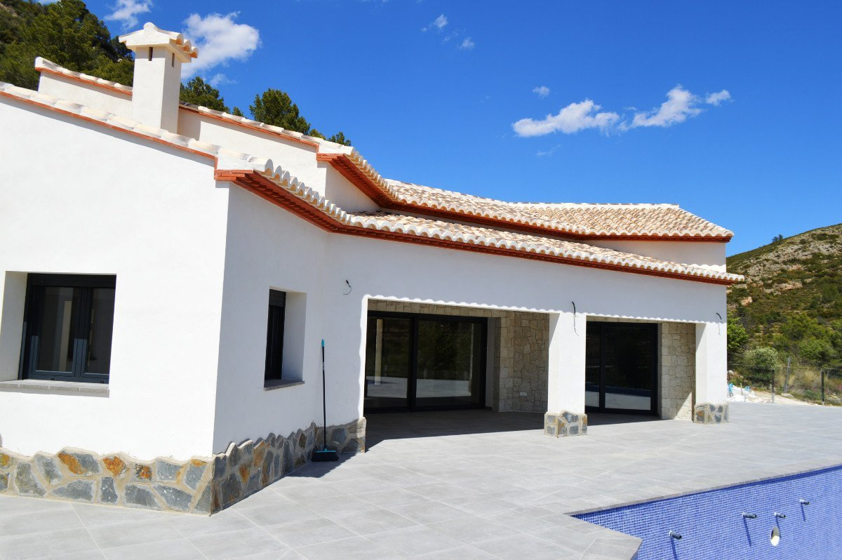 Contemporary, finca style new build