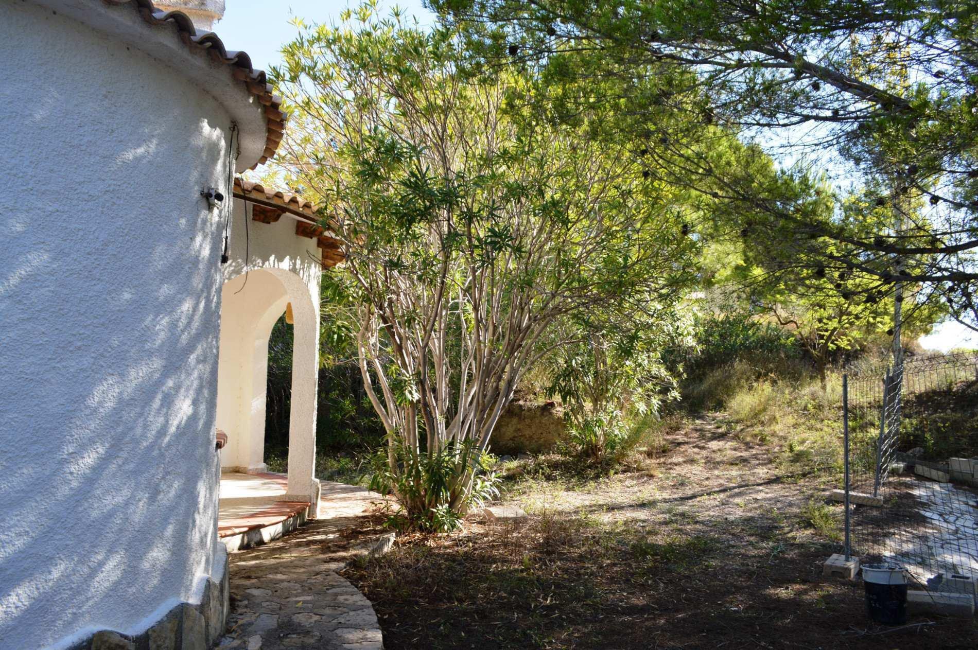 Deux villas sur un grand terrain privé