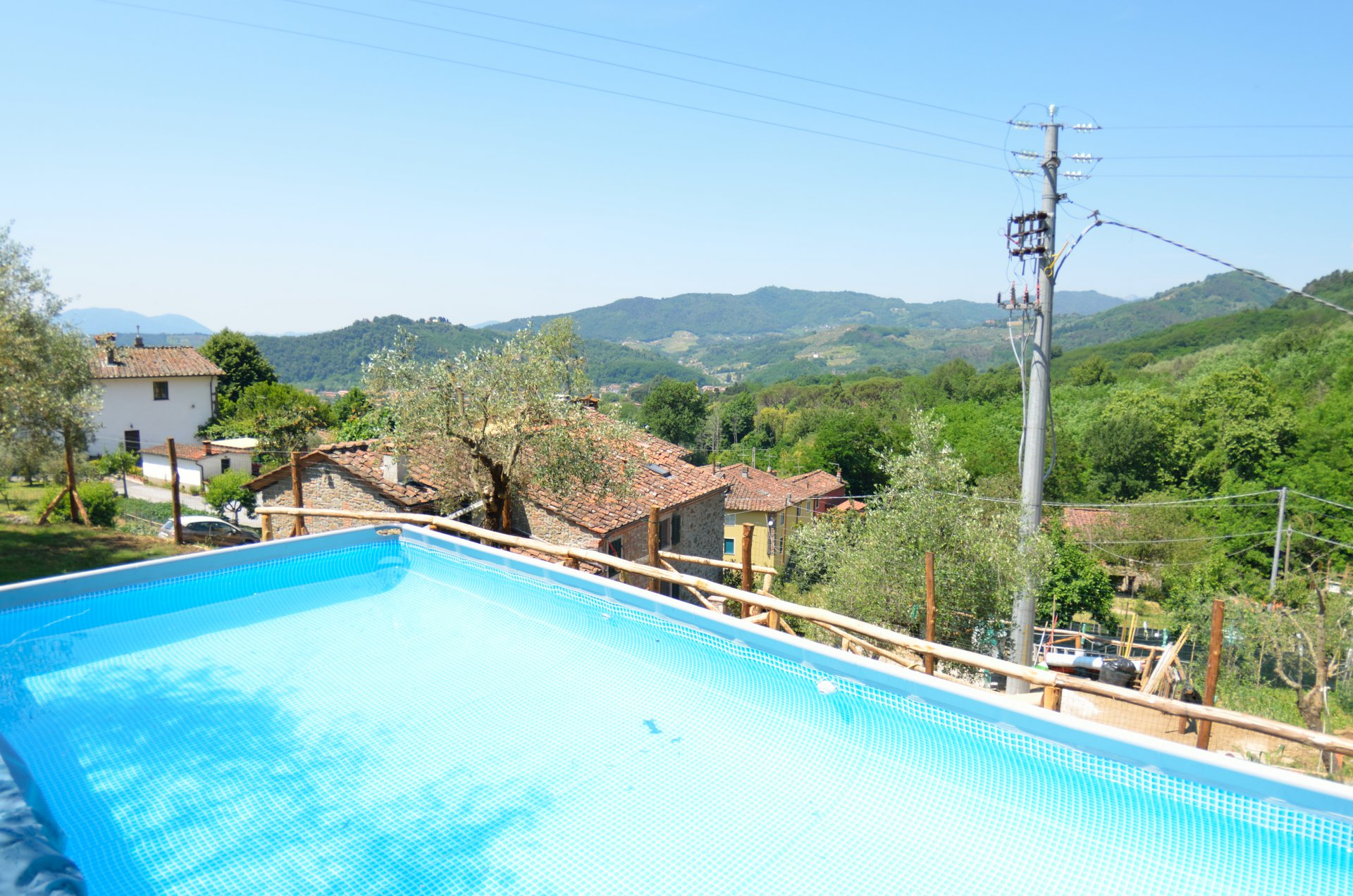 ITALY, TUSCANY, LUCCA, FARMHOUSE WITH POOL, 4 PERSONS