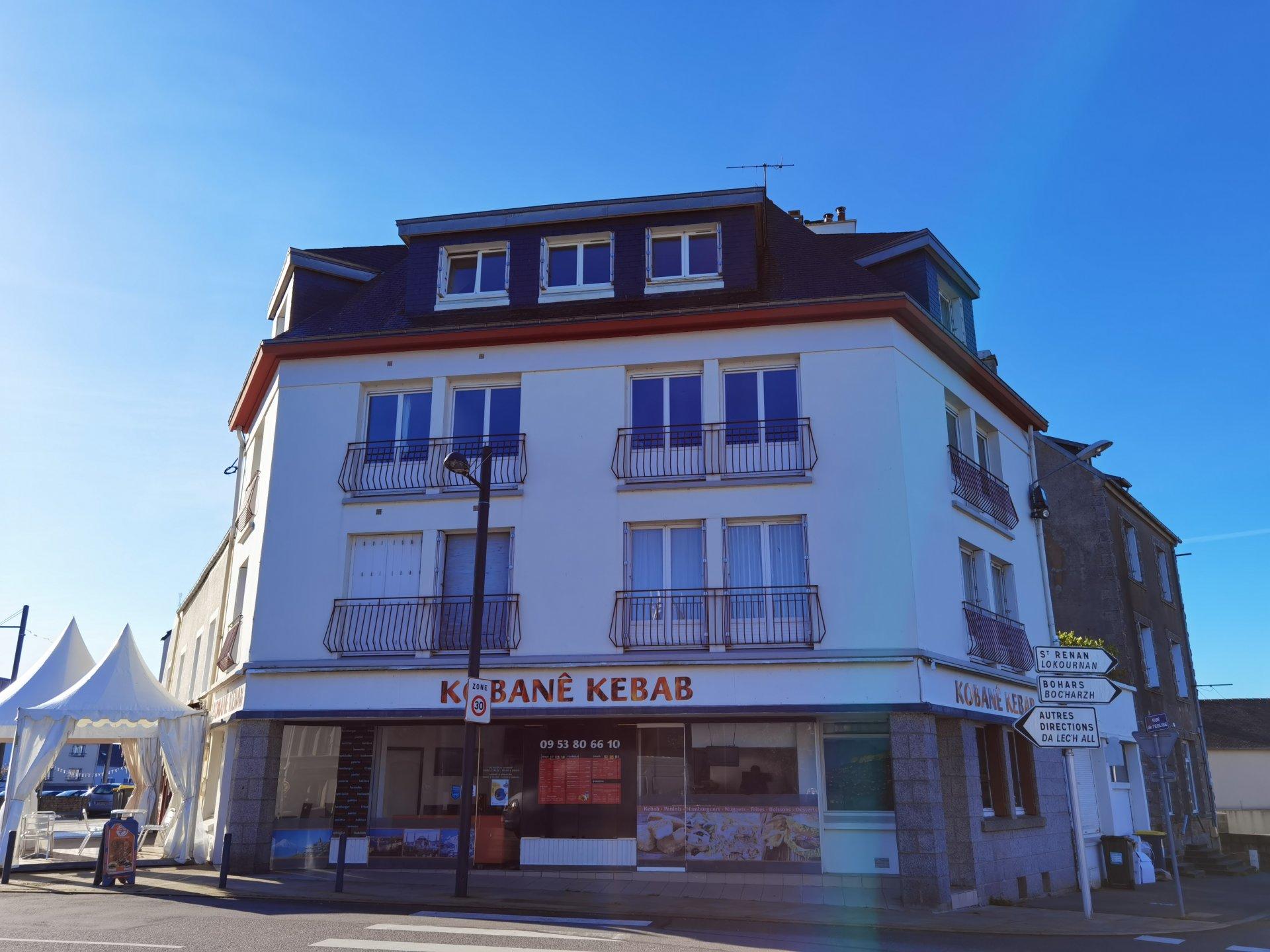 EXCLUSIVITÉ - T1 MEUBLÉ - DALLE BÉTON -BOURG DE GOUESNOU