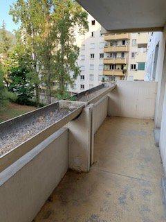 2 P 43 m2 , terrasse , 130.000 €