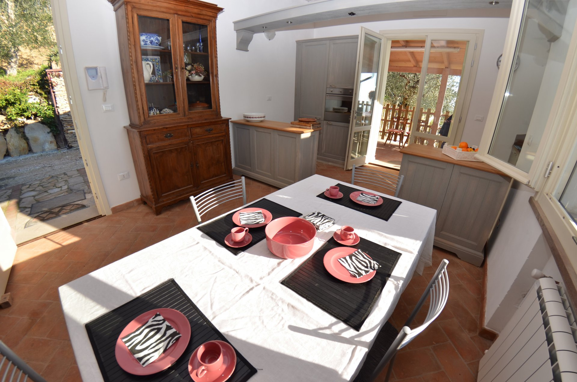 ITALY, TUSCANY, PISA, BEAUTIFUL COTTAGE WITH POOL, 6 PERSONS