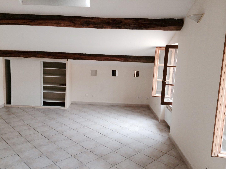 Studio de 35 m² - Centre-Village