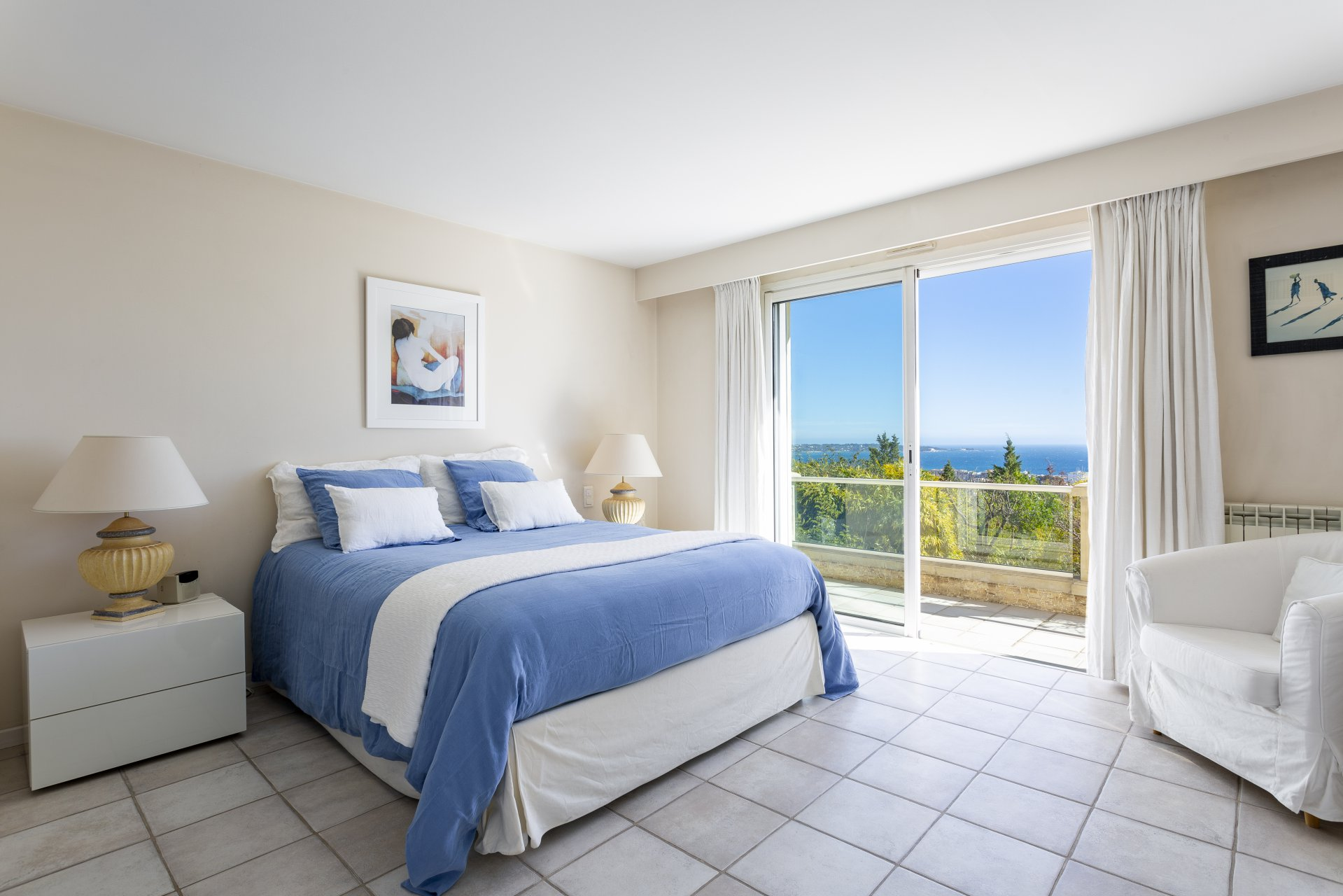 ON THE HEIGHTS OF GOLFE JUAN - PANORAMIC SEA VIEW