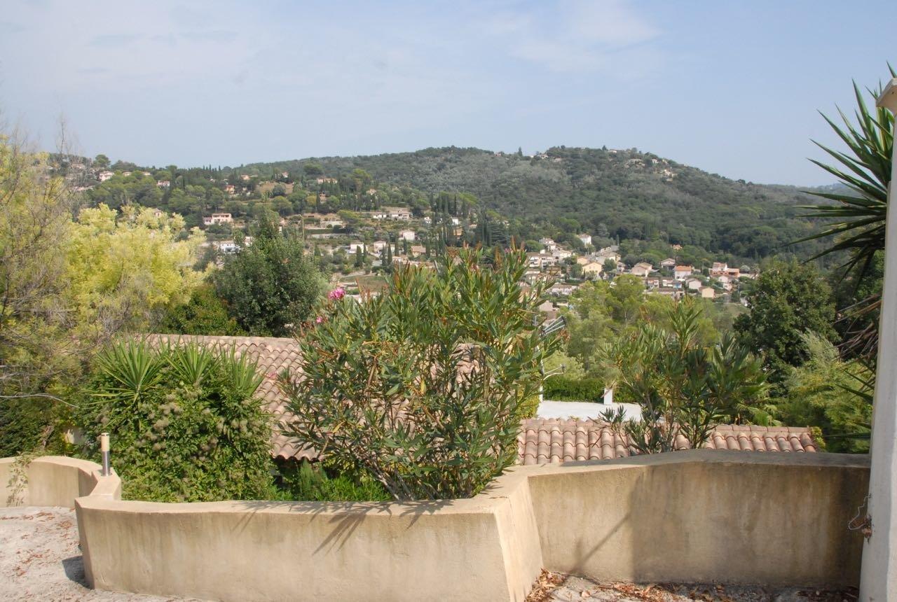 Sale Villa - Auribeau-sur-Siagne