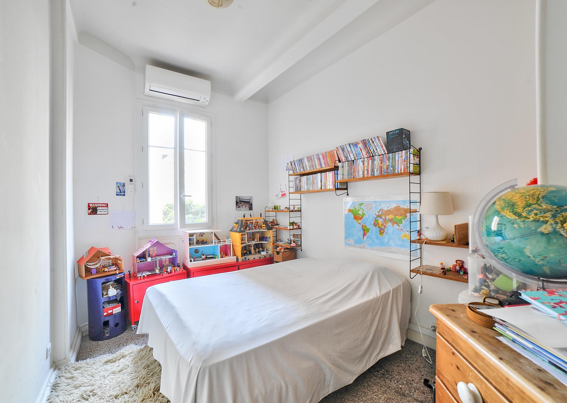 AMAZING ART DECO APARTMENT, 4 BEDROOMS