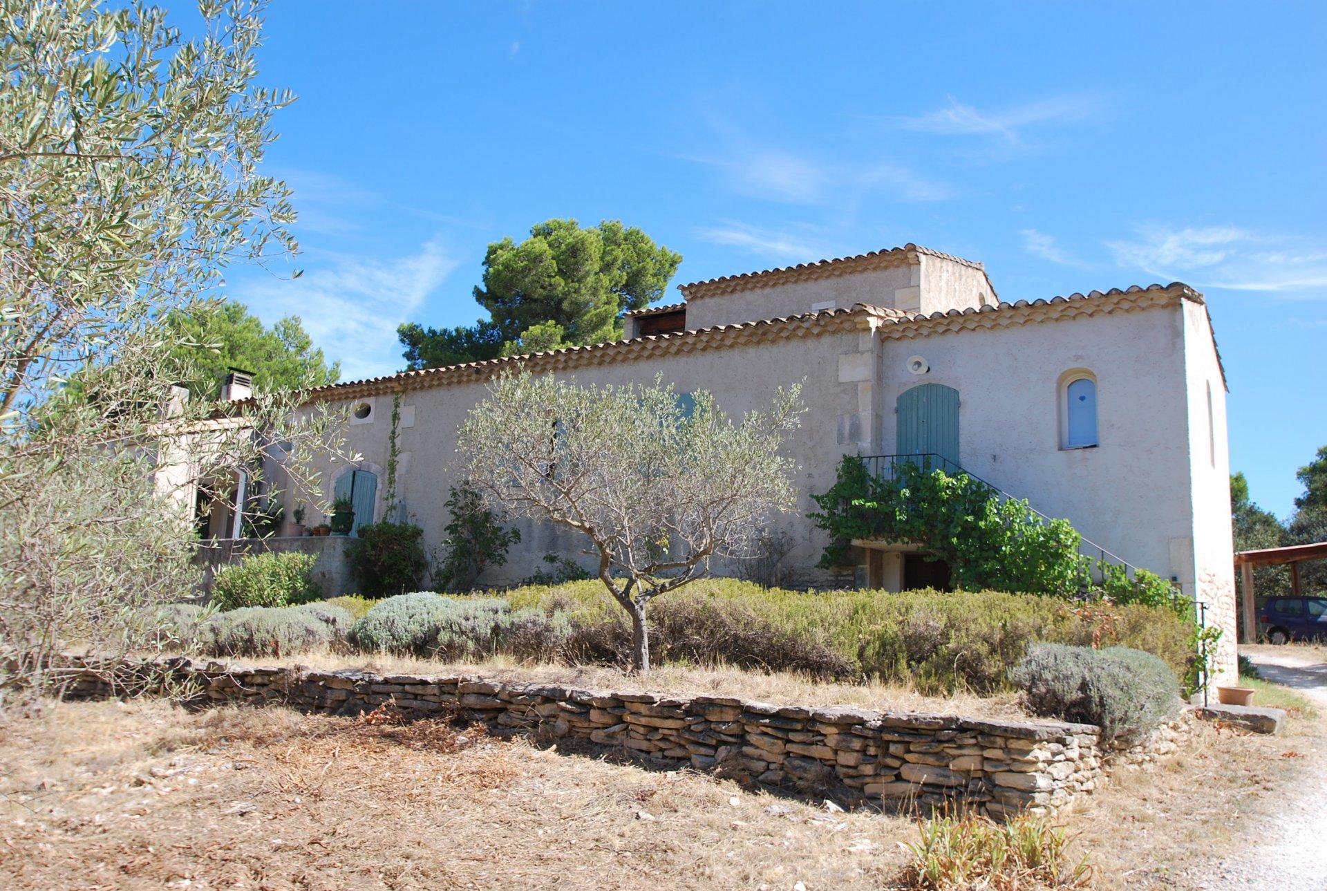 Sale House - Les Baux-de-Provence