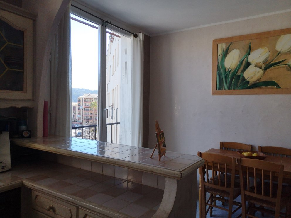 CARROS (06510) - APPARTEMENT - 3 CHAMBRES - CAVE