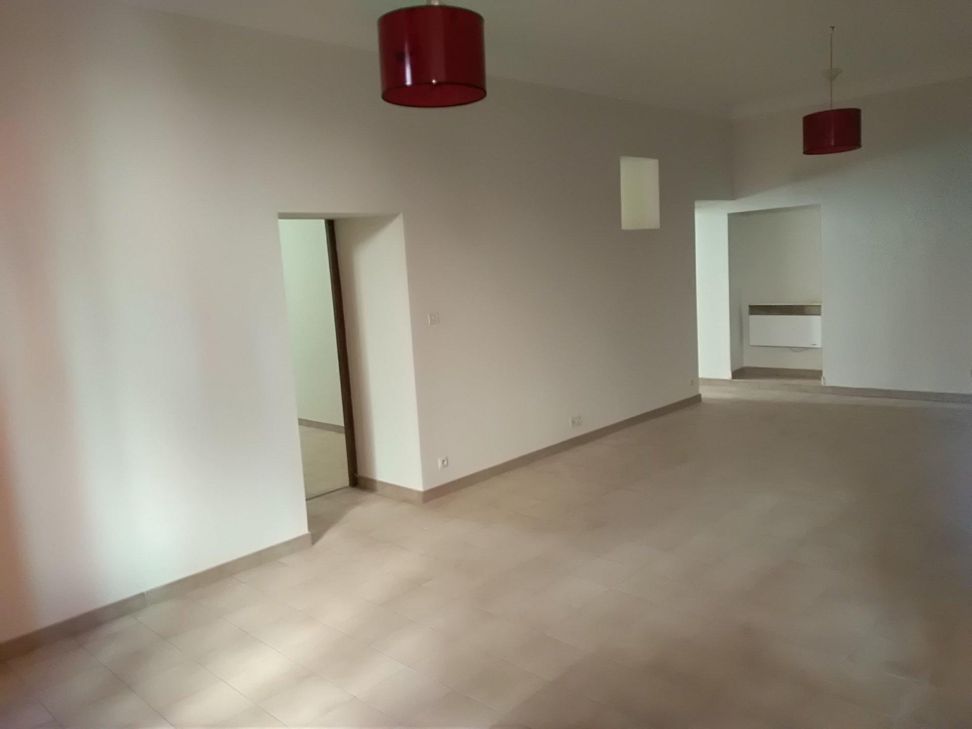 appartement T3 et parking