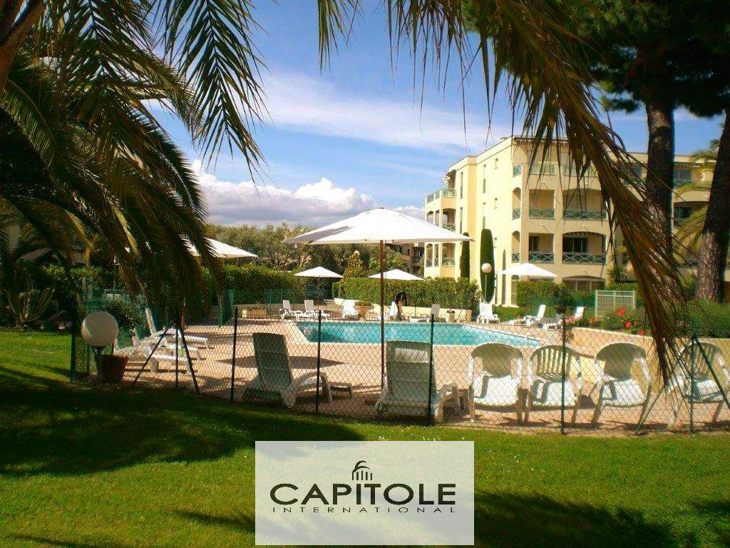 For sale, Antibes, 3 bedroom corner apartment, terrace, garage