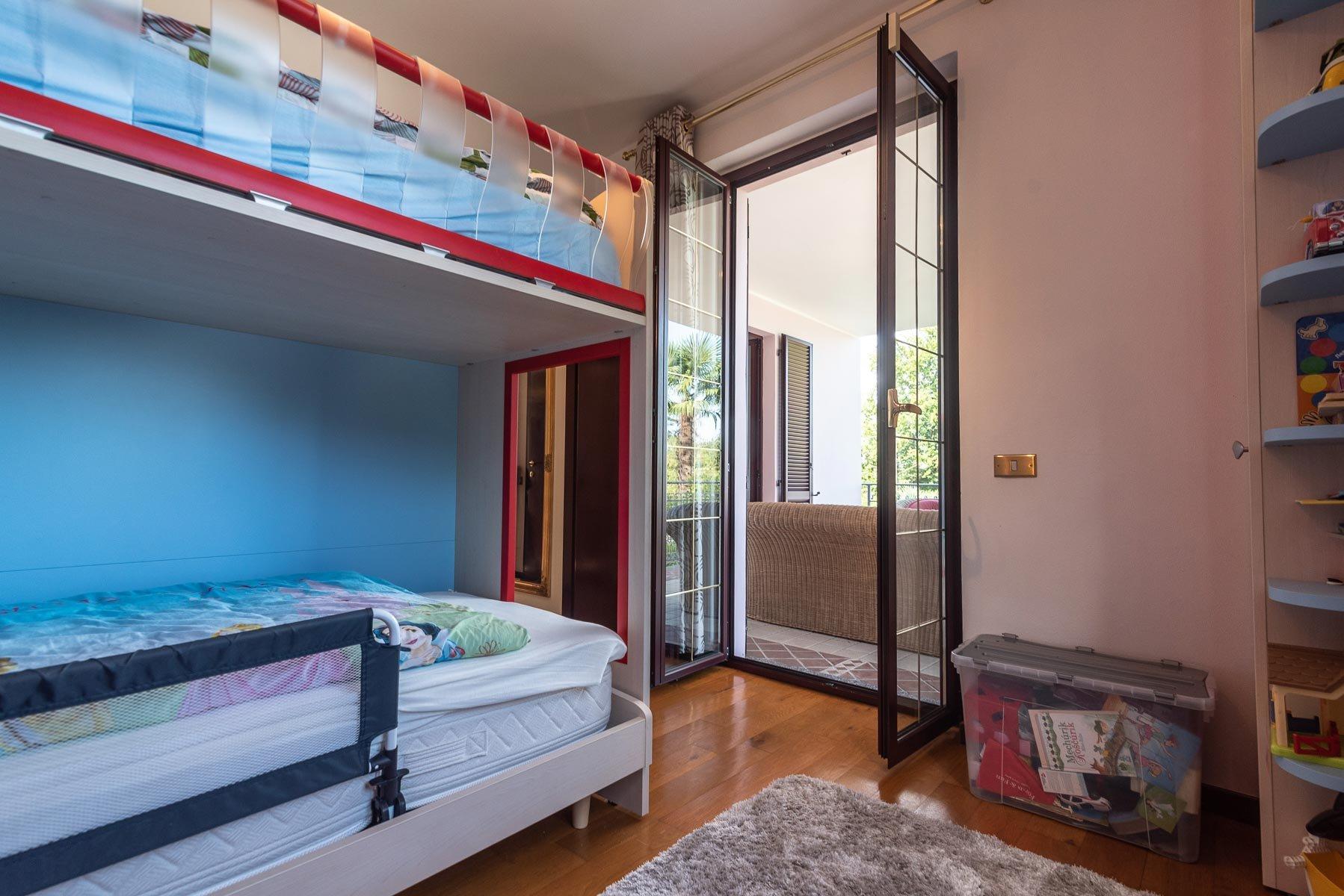 Modern villa near Stresa centre - small bedroom