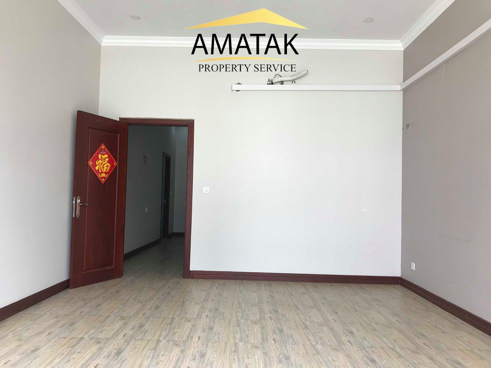 Rental Building Chamkarmon