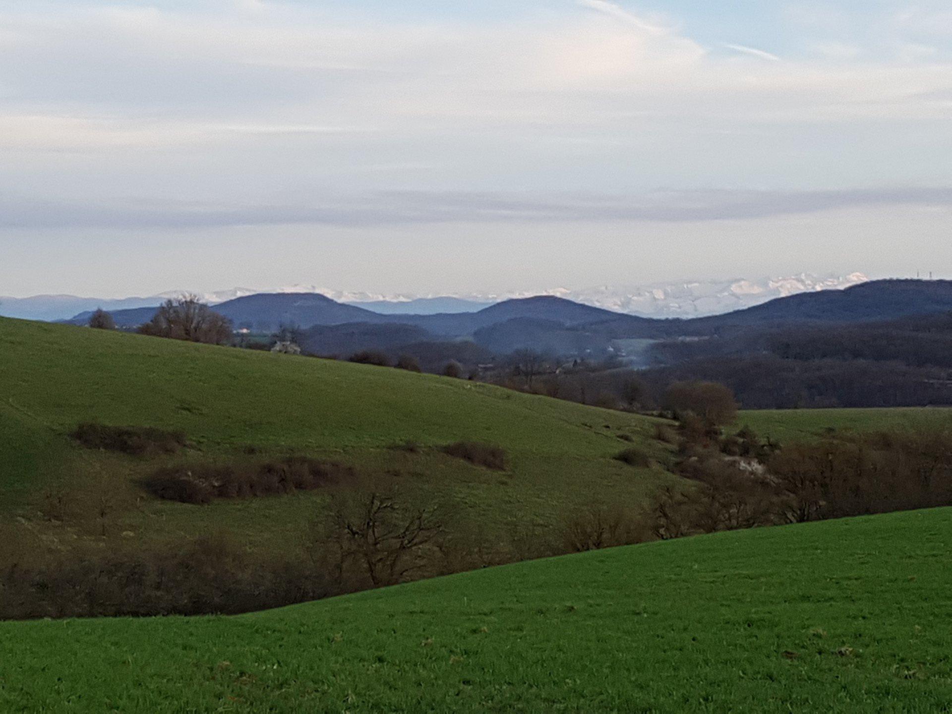 A Boussan, Terrain à bâtir de 2300 m² avec superbe vue Pyrénées