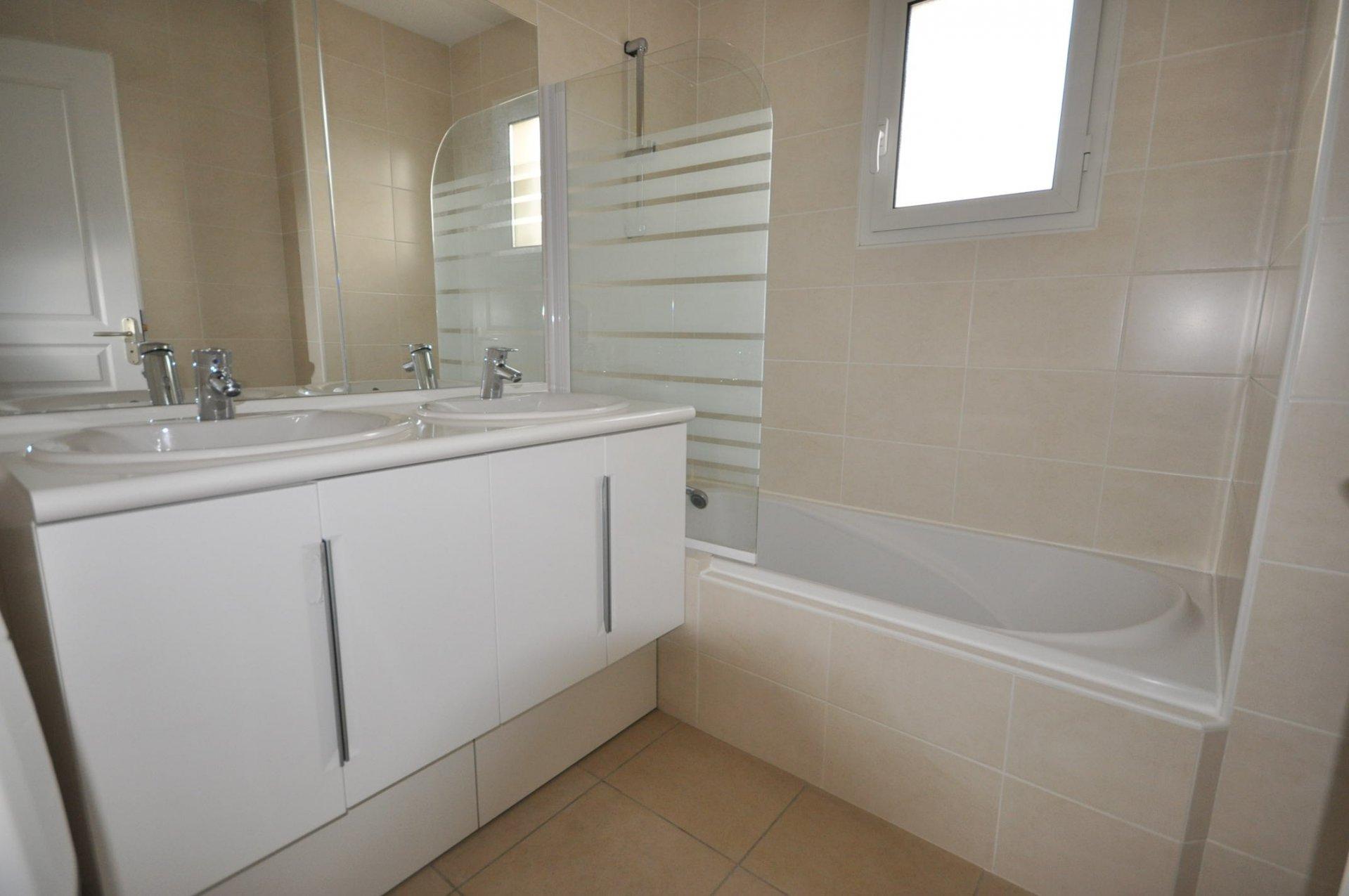 Rental Apartment - Sainte-Foy-d'Aigrefeuille