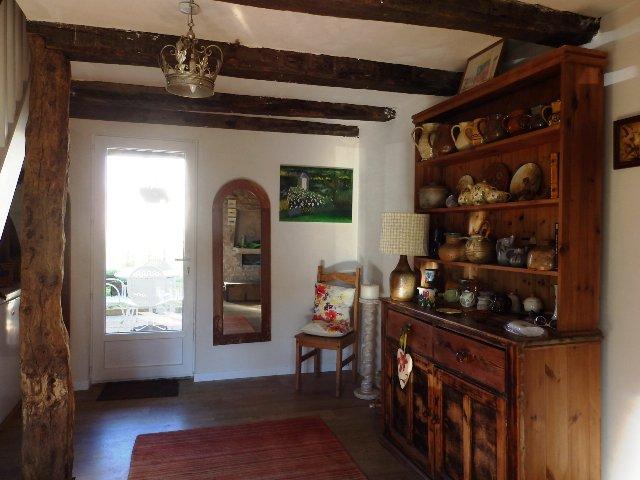 Maison Rénovée - 4 Chambres - Près de Civray