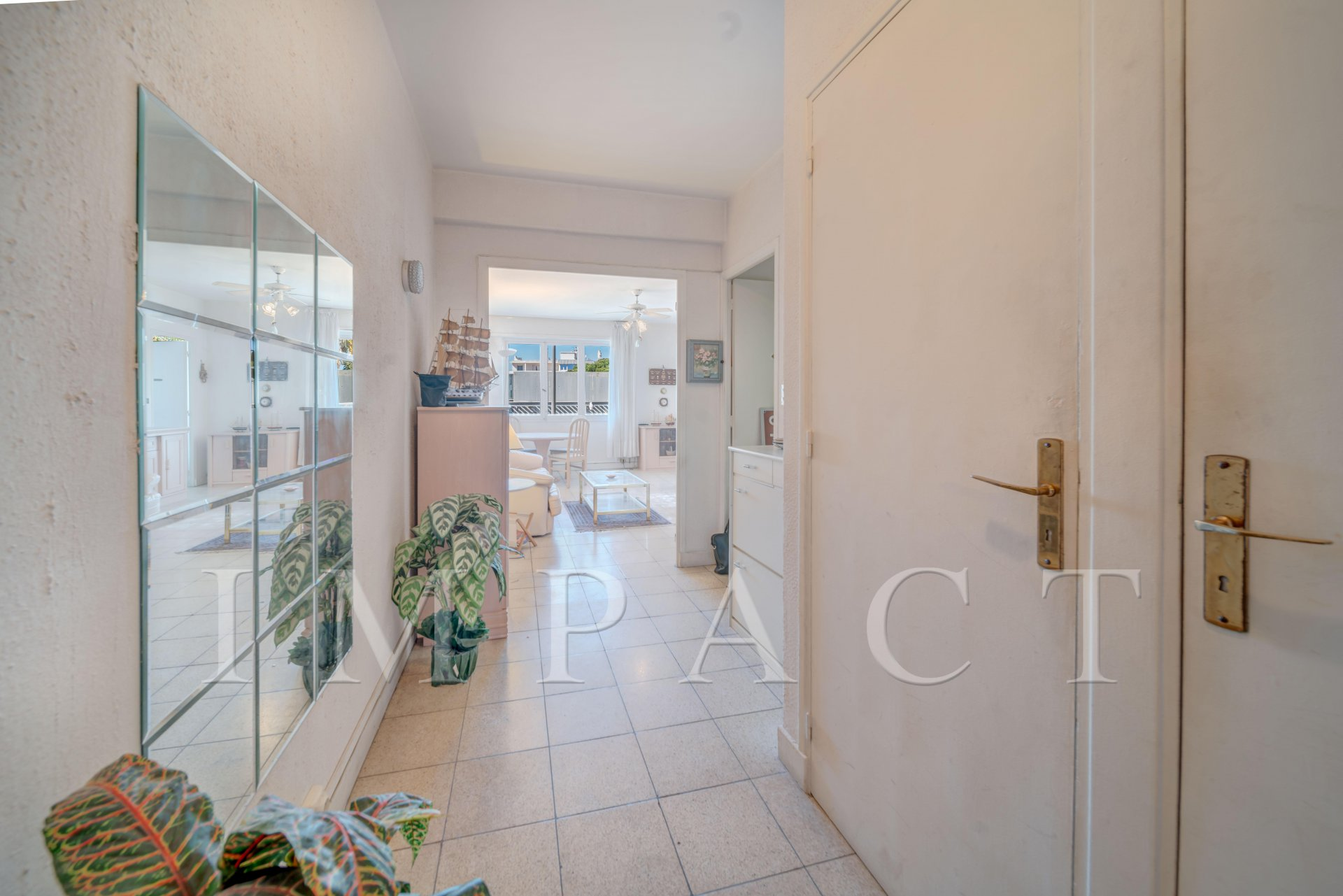 APPARTEMENT A VENDRE CANNES  BASSE CALIFORNIE