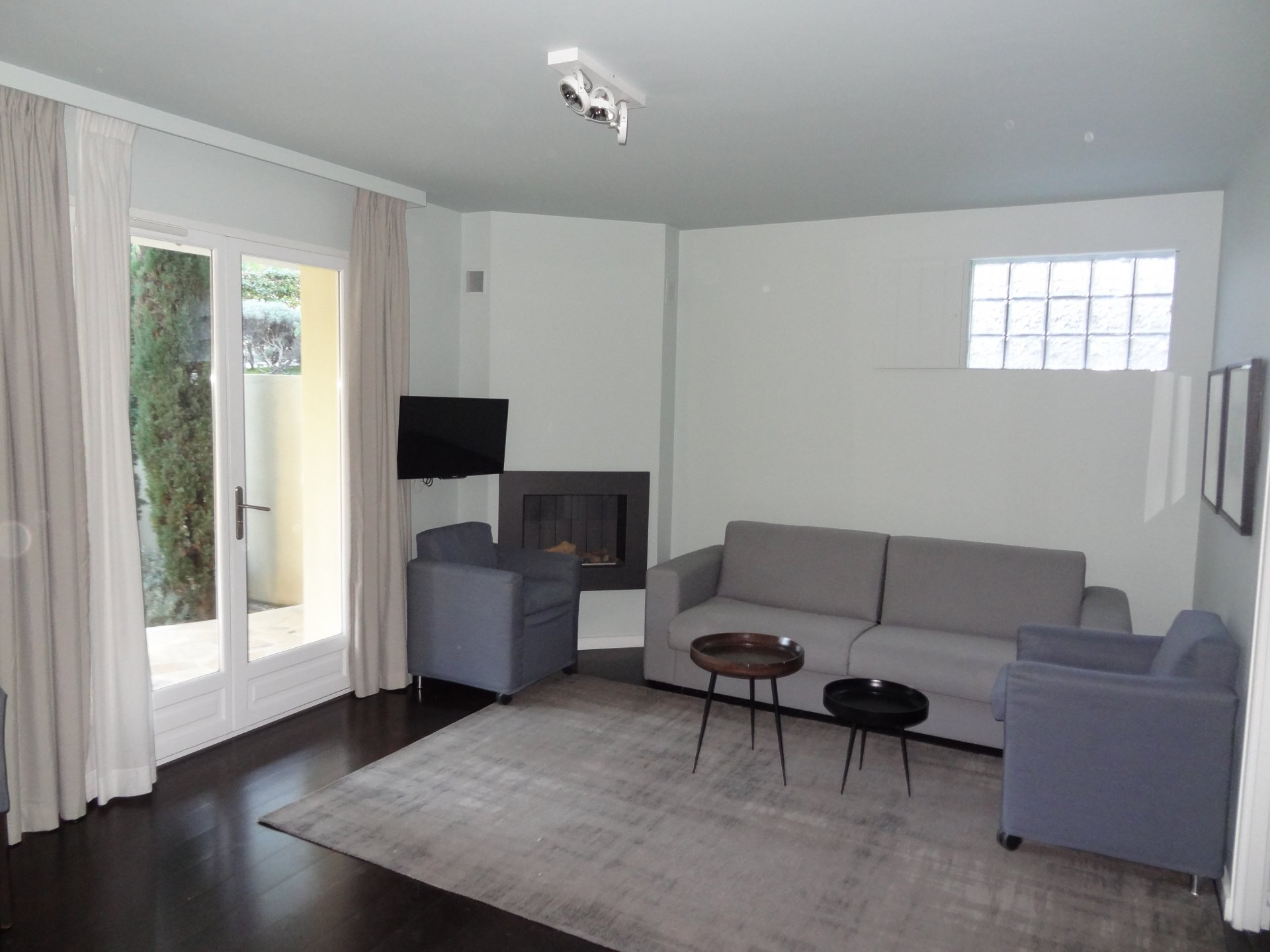 Sale Apartment - Cagnes-sur-Mer Haut-de-Cagnes