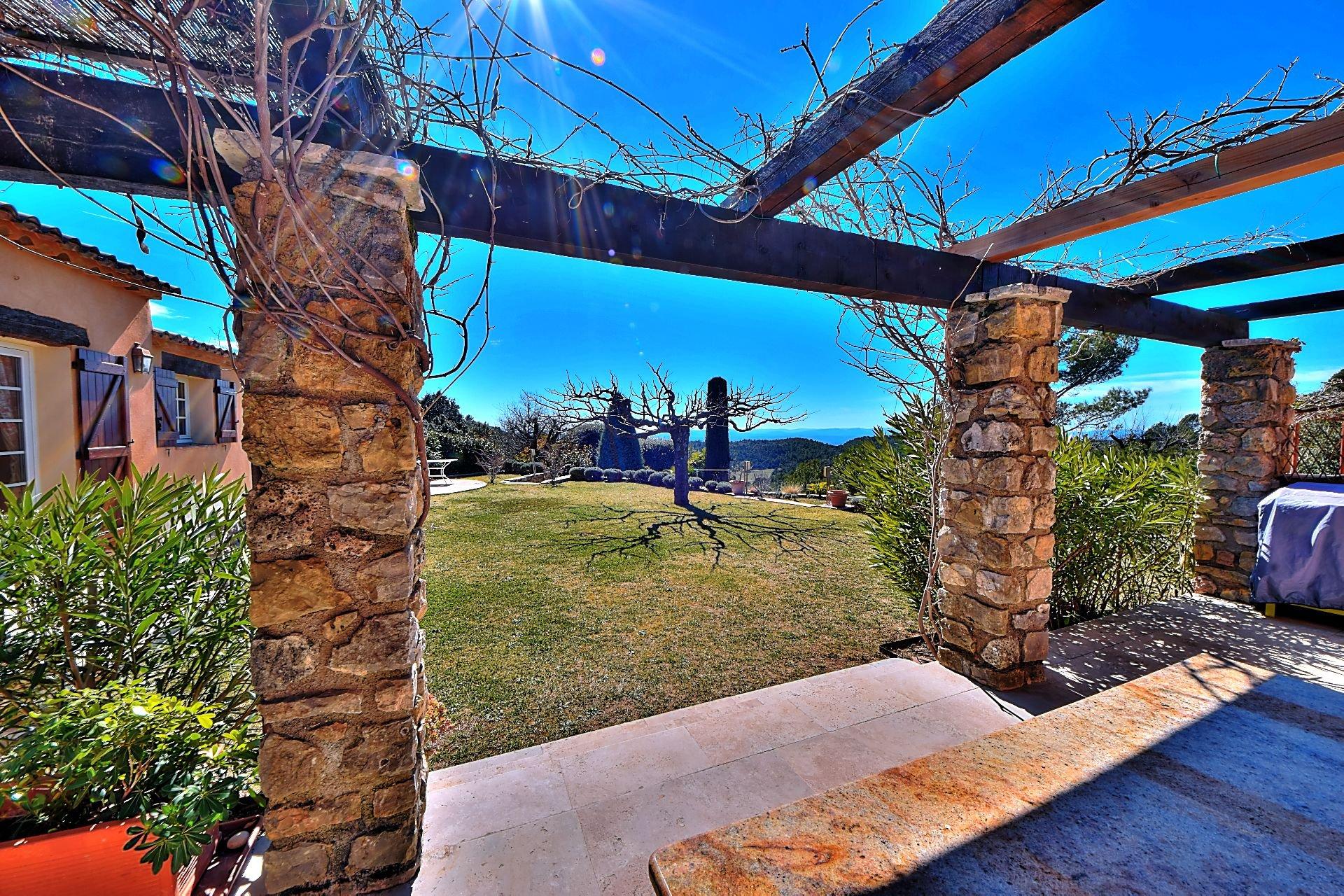 Villa with pool panoramic view Tourtour