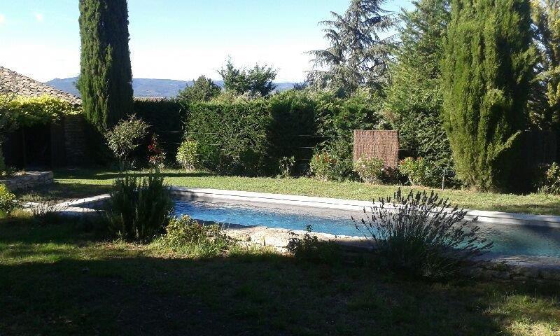 Propriété avec piscine à Maubec