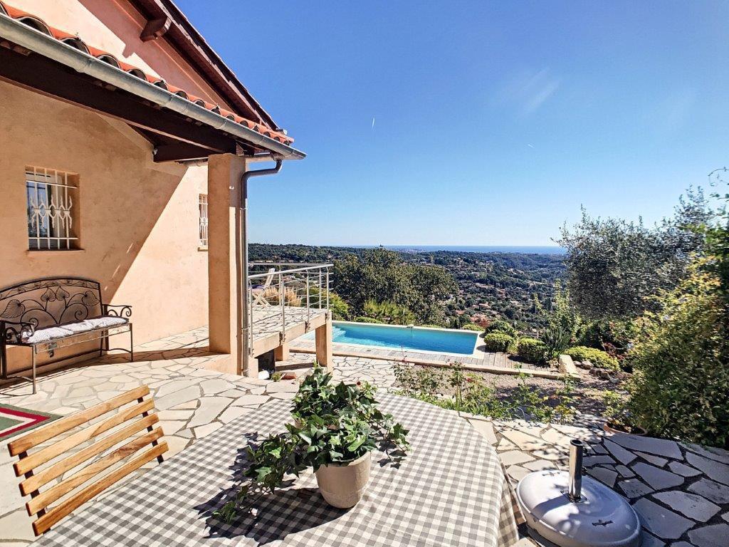 VENTE Villa Vence 5P Vue Panoramique Mer Piscine Proche Centre
