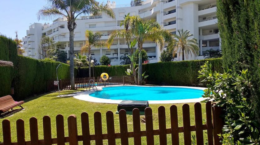 Sale Apartment - San Pedro de Alcántara - Spain