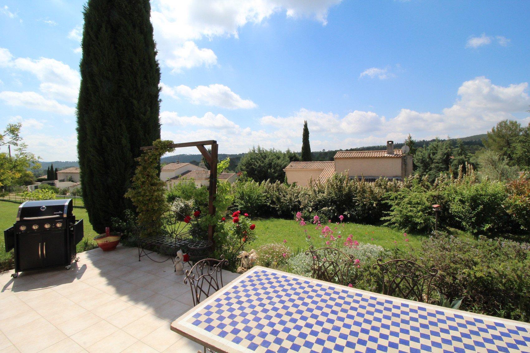 Le Val, jolie maison au coeur de la Provence Verte