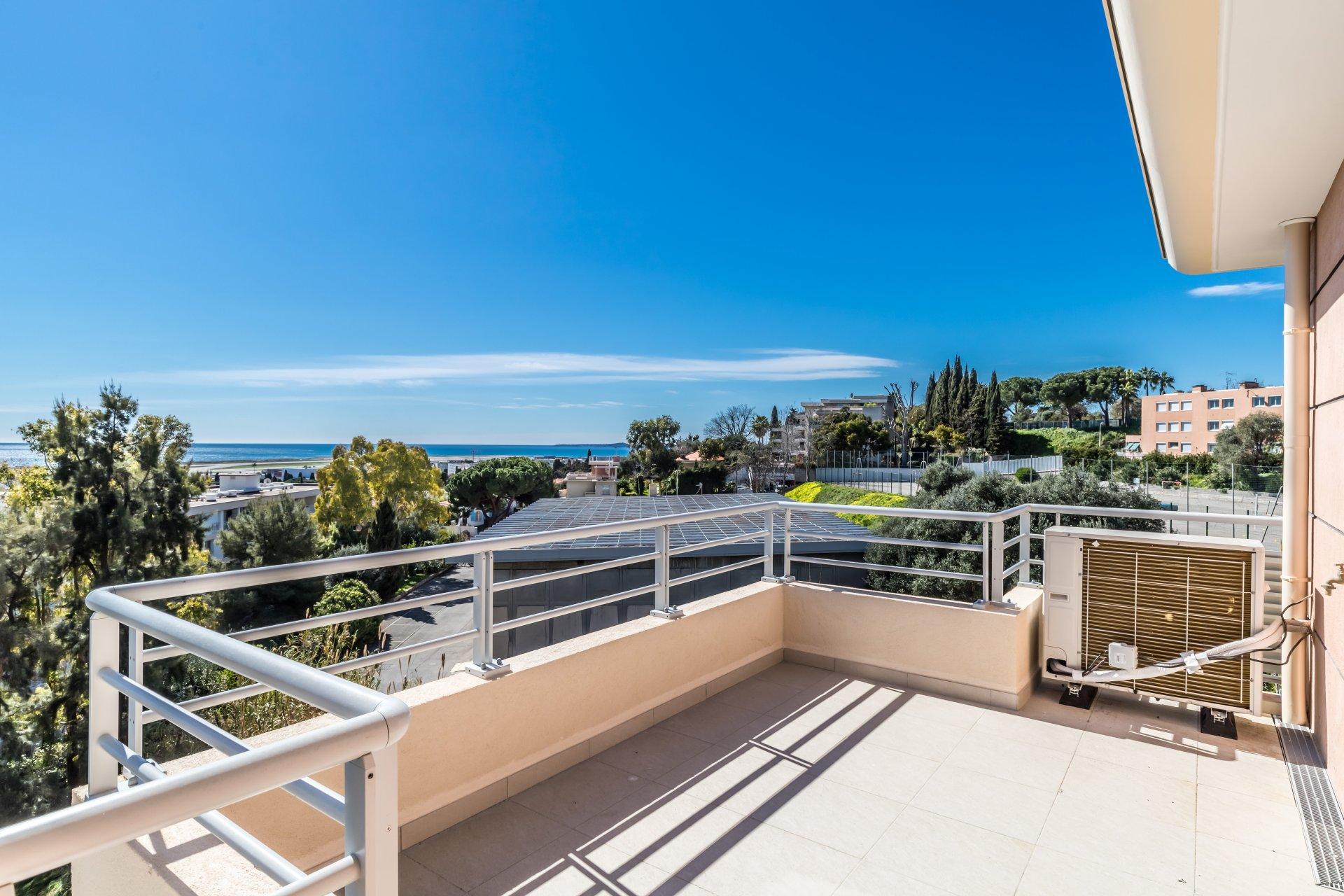 4 Pièces Dernier étage vue mer - Rés Panoramer Nice