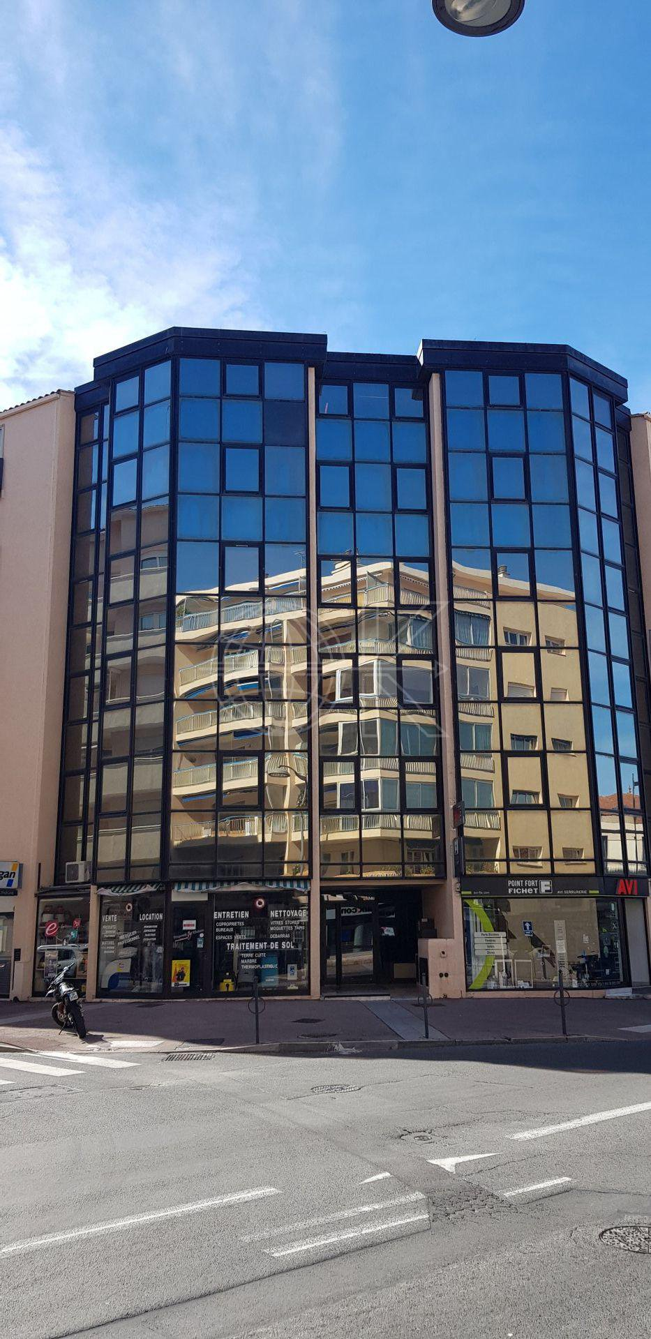 Sale Office - Saint-Raphaël