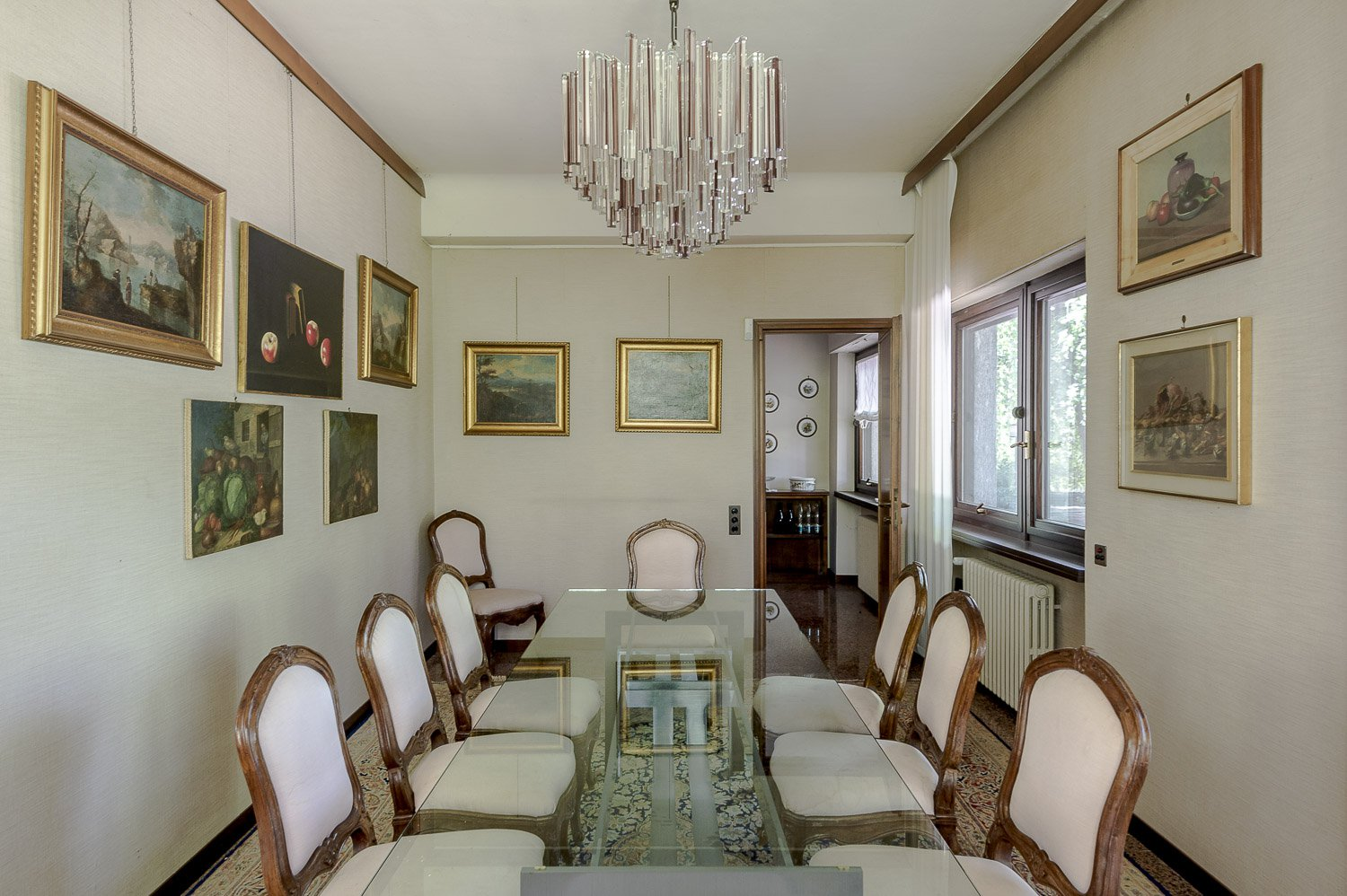 Prestigious villa for sale in Lesa - dining room