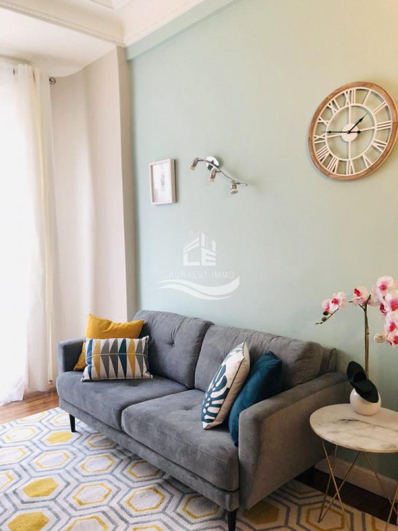 3 Piéces Carré D'Or/ Appartement renové /Neuf