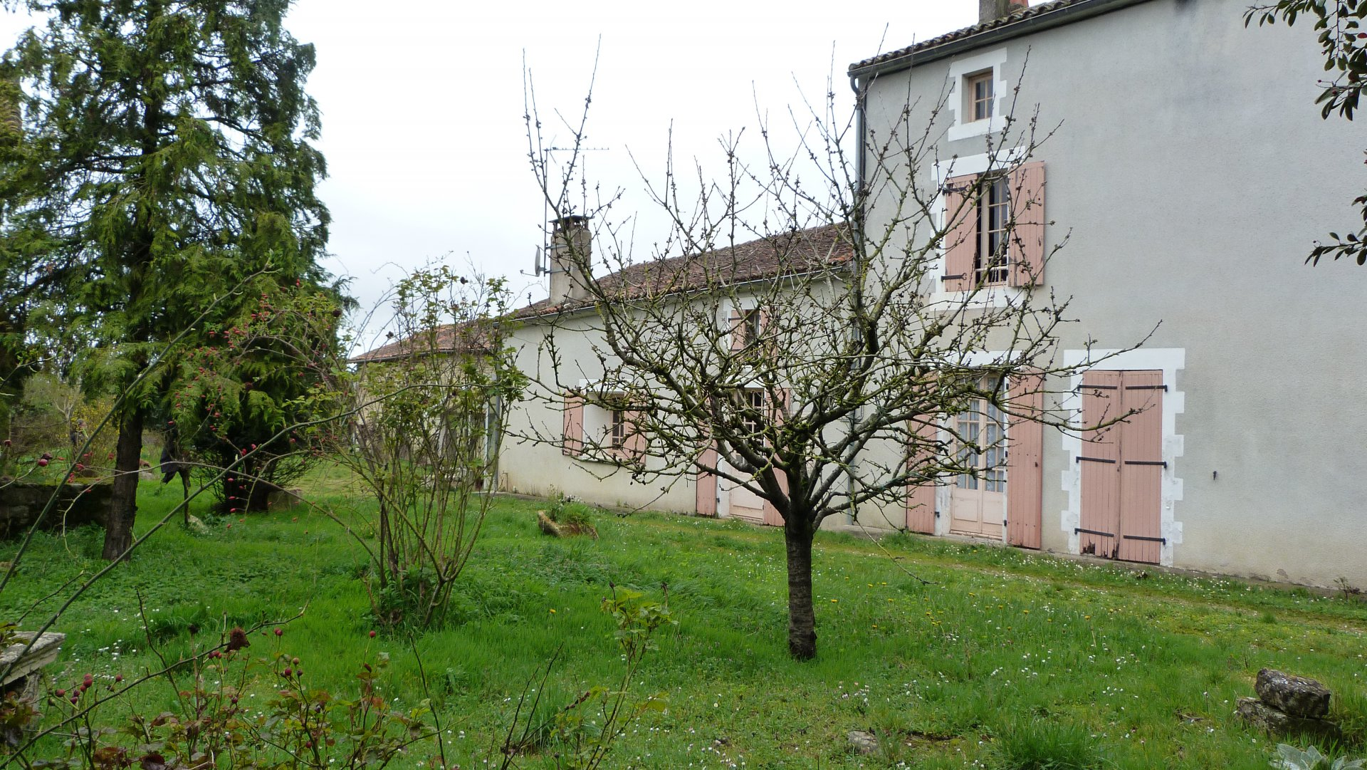 Sale Farmhouse - Raix