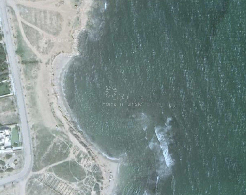 Magnifique terrain en bord de mer à Hergla