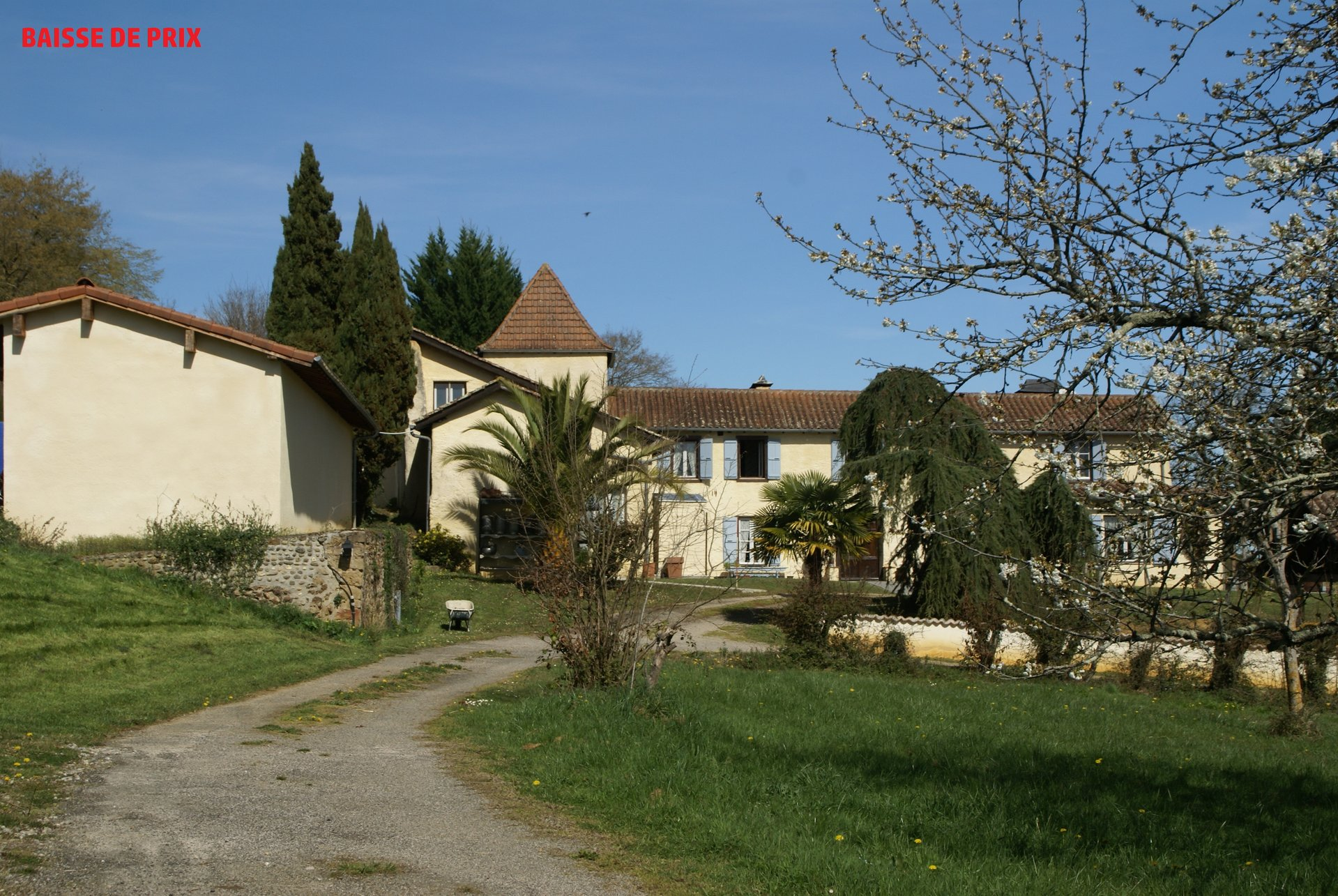 Beautiful fully restored manor with stables and gite Gers, Midi-Pyrenees.